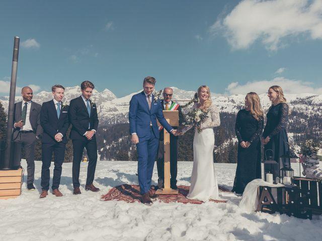 Il matrimonio di Alexander e Emelie a Pinzolo, Trento 53