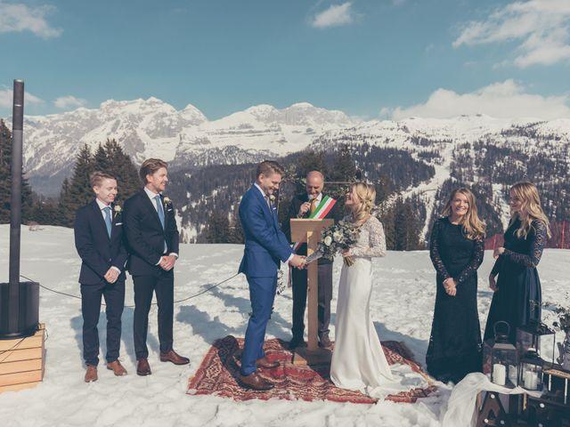 Il matrimonio di Alexander e Emelie a Pinzolo, Trento 54