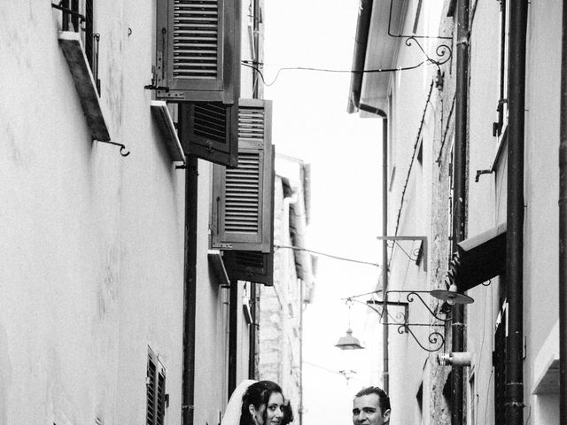 Il matrimonio di Davide e Serena a Ameglia, La Spezia 17