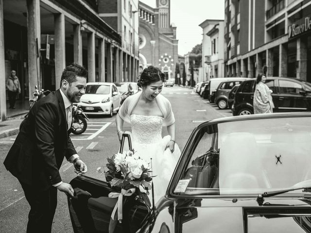 Il matrimonio di Jonathan e Yvonne a Lecco, Lecco 15