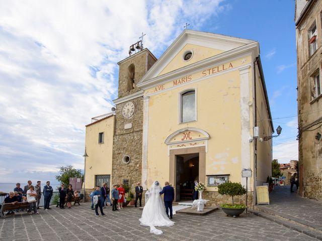 Il matrimonio di Francesco e Rossella a Agropoli, Salerno 32
