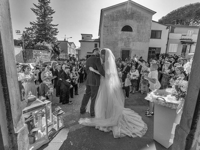 Il matrimonio di Luciano e Elena a Carmignano, Prato 11