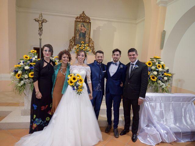 Il matrimonio di Rocco e Valeria a Termoli, Campobasso 32