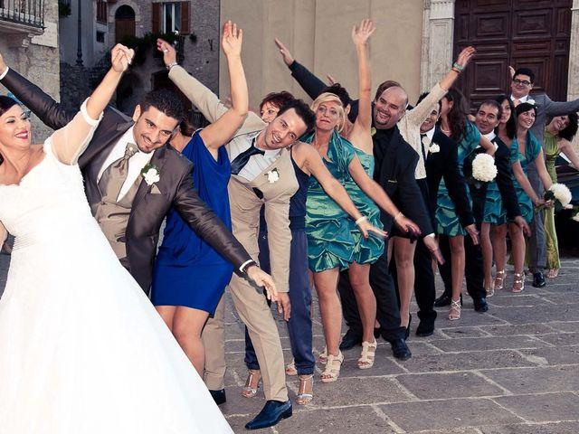 Il matrimonio di Pasqualino e Maria Giulia a CivitelladelTronto, Teramo 13