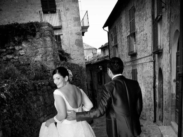 Il matrimonio di Pasqualino e Maria Giulia a CivitelladelTronto, Teramo 64