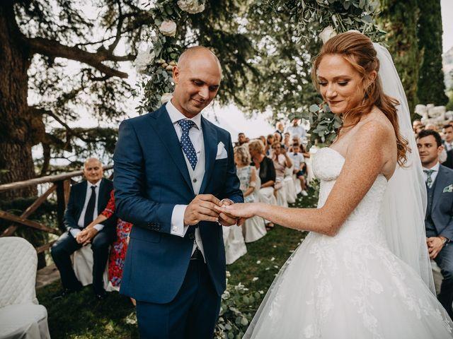 Il matrimonio di Fabio e Natasha a Calolziocorte, Lecco 34