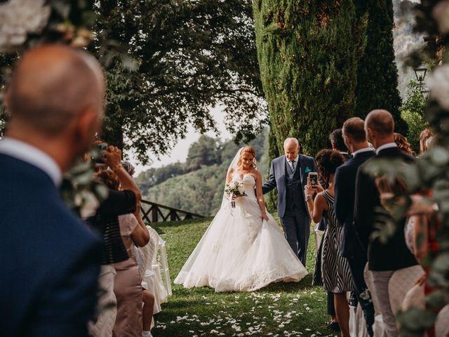 Il matrimonio di Fabio e Natasha a Calolziocorte, Lecco 37