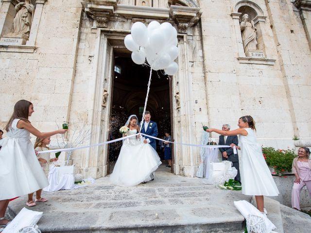 Il matrimonio di Matteo e Stefania a Castel di Sangro, L'Aquila 36