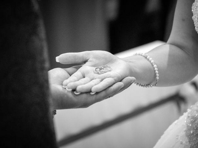 Il matrimonio di Alex e Vittoria a Casabona, Crotone 5