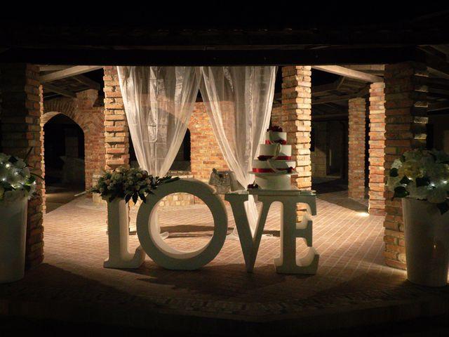 Il matrimonio di Alex e Vittoria a Casabona, Crotone 17