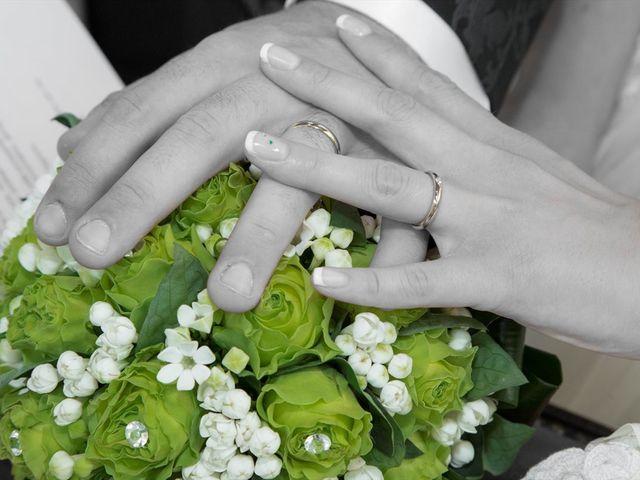 Il matrimonio di Francesco e Debora a Baranzate, Milano 15