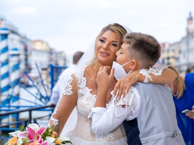 Il matrimonio di Davide e Luana a Lido di Venezia, Venezia 43
