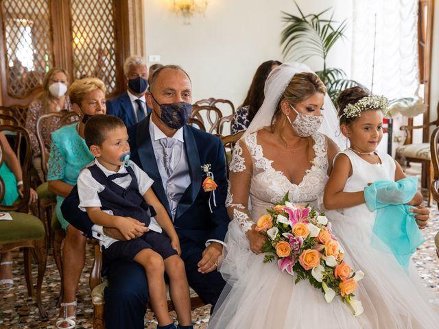 Il matrimonio di Davide e Luana a Lido di Venezia, Venezia 51