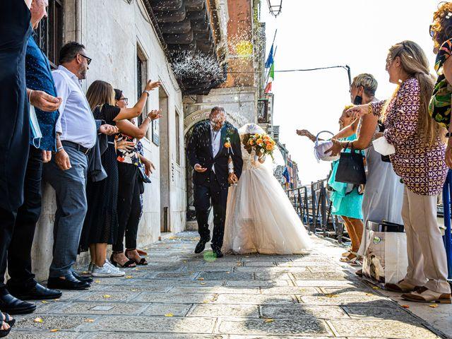 Il matrimonio di Davide e Luana a Lido di Venezia, Venezia 53