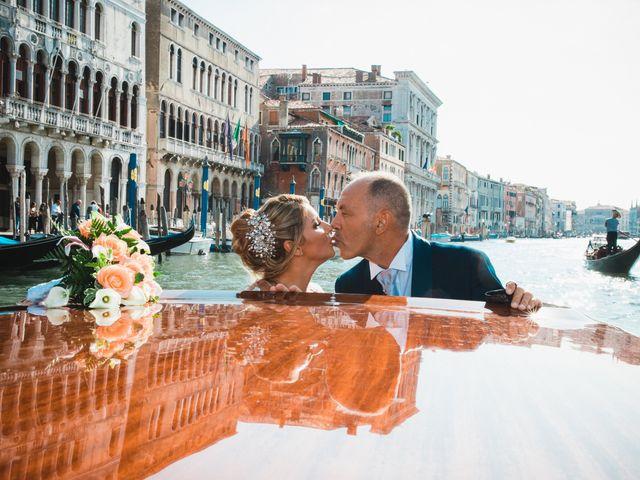 Il matrimonio di Davide e Luana a Lido di Venezia, Venezia 55