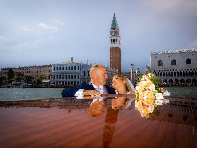 Il matrimonio di Davide e Luana a Lido di Venezia, Venezia 66