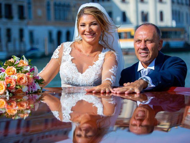 Il matrimonio di Davide e Luana a Lido di Venezia, Venezia 69