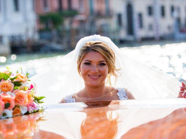 Il matrimonio di Davide e Luana a Lido di Venezia, Venezia 70