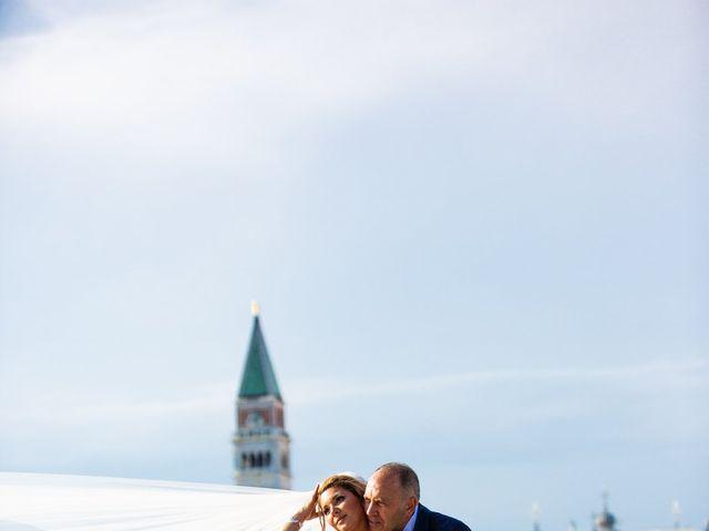 Il matrimonio di Davide e Luana a Lido di Venezia, Venezia 74