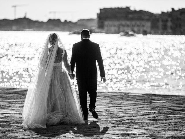 Il matrimonio di Davide e Luana a Lido di Venezia, Venezia 76