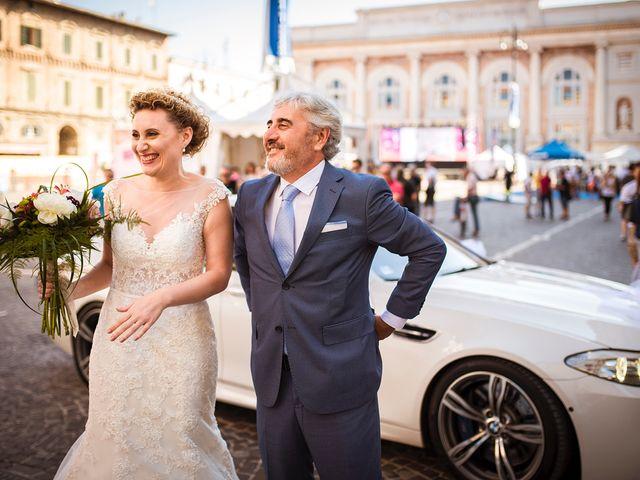 Il matrimonio di Alessandro e Lucia a Pesaro, Pesaro - Urbino 21