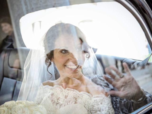 Il matrimonio di James e Elisa a Lentate sul Seveso, Monza e Brianza 16