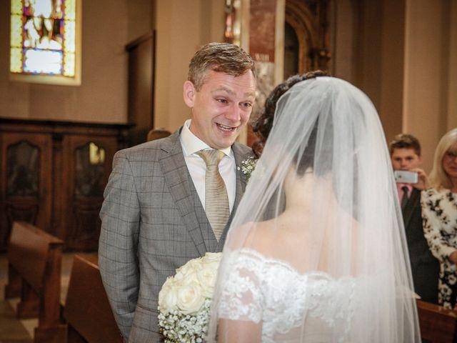 Il matrimonio di James e Elisa a Lentate sul Seveso, Monza e Brianza 21