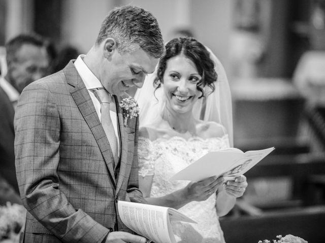 Il matrimonio di James e Elisa a Lentate sul Seveso, Monza e Brianza 31