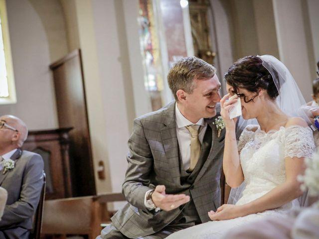 Il matrimonio di James e Elisa a Lentate sul Seveso, Monza e Brianza 32