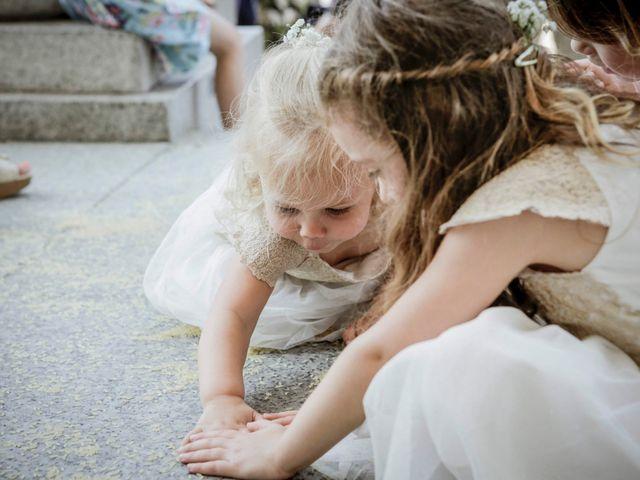 Il matrimonio di James e Elisa a Lentate sul Seveso, Monza e Brianza 38