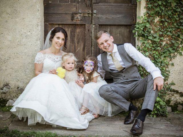 Il matrimonio di James e Elisa a Lentate sul Seveso, Monza e Brianza 53