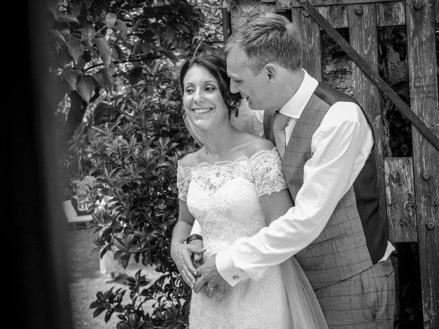 Il matrimonio di James e Elisa a Lentate sul Seveso, Monza e Brianza 57