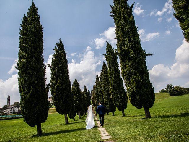 Il matrimonio di Roberto e Nadia a Inverigo, Como 23