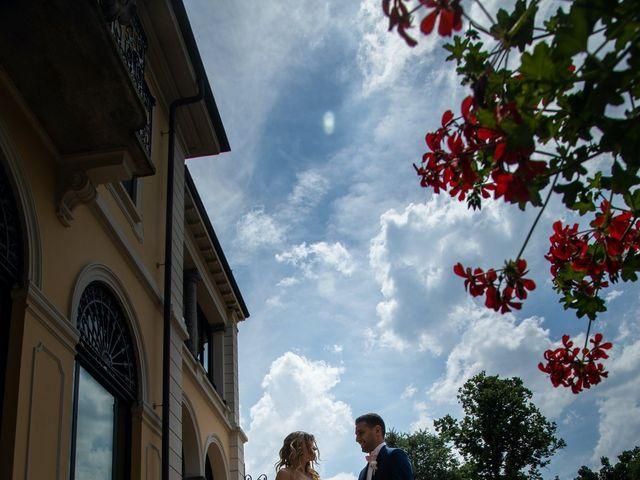 Il matrimonio di Roberto e Nadia a Inverigo, Como 30