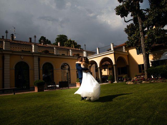 Il matrimonio di Roberto e Nadia a Inverigo, Como 42