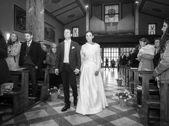 Il matrimonio di Marco e Anna a Fino Mornasco, Como 11