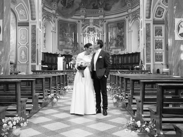 Il matrimonio di Marco e Anna a Fino Mornasco, Como 17