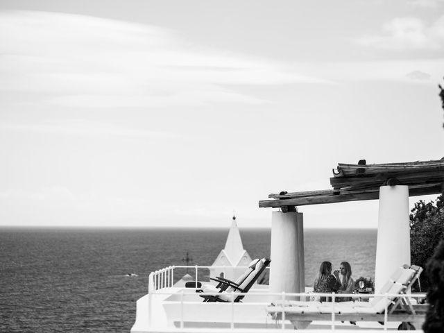 Il matrimonio di Zoe e Matt a Stromboli, Messina 9