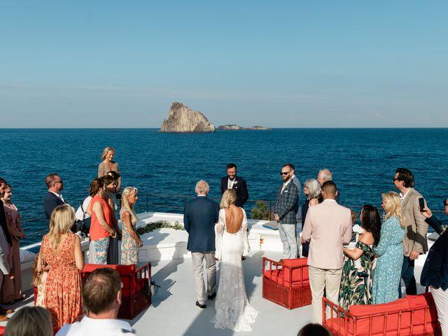Il matrimonio di Zoe e Matt a Stromboli, Messina 34