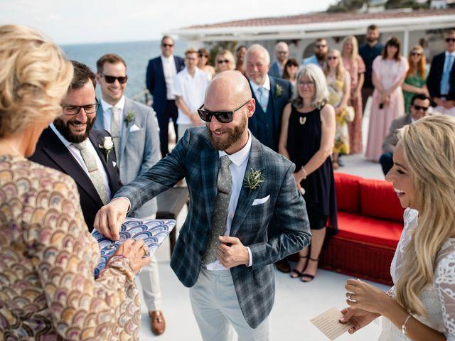 Il matrimonio di Zoe e Matt a Stromboli, Messina 40