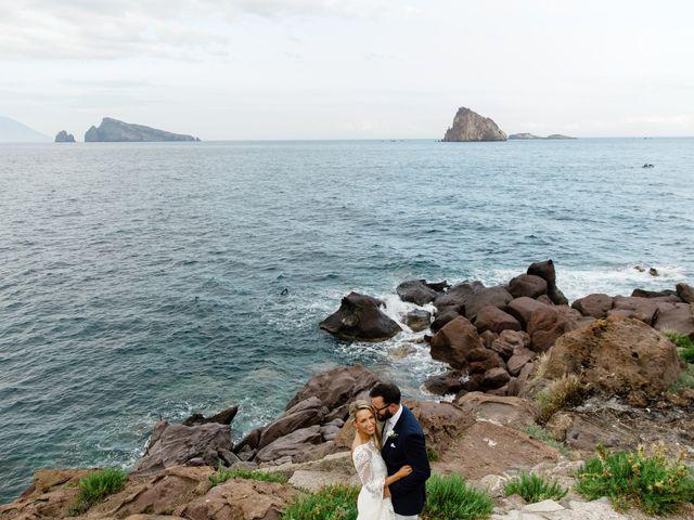Il matrimonio di Zoe e Matt a Stromboli, Messina 51