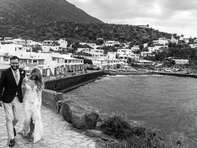 Il matrimonio di Zoe e Matt a Stromboli, Messina 52