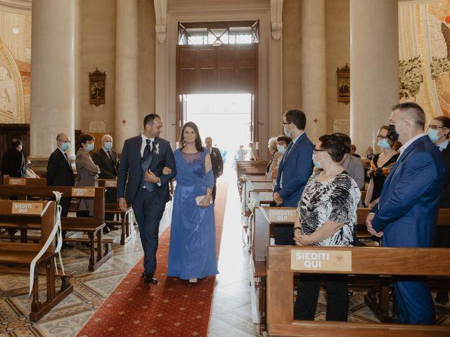 Il matrimonio di Catello e Valentina a Arcore, Monza e Brianza 7