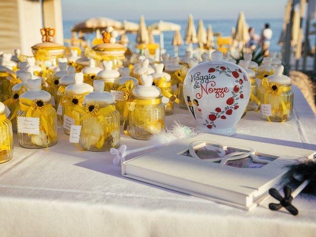 Il matrimonio di Alessio e Lara a Albissola Marina, Savona 23