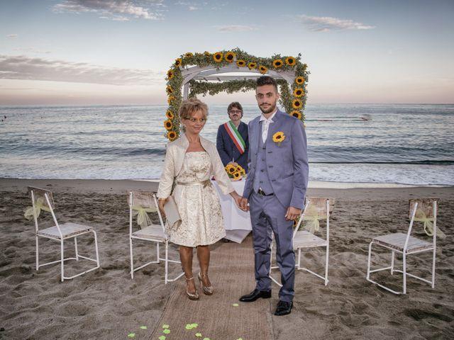 Il matrimonio di Alessio e Lara a Albissola Marina, Savona 29