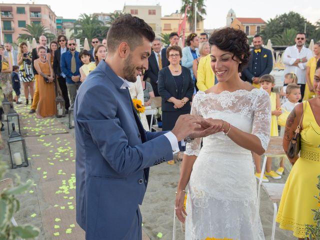 Il matrimonio di Alessio e Lara a Albissola Marina, Savona 33