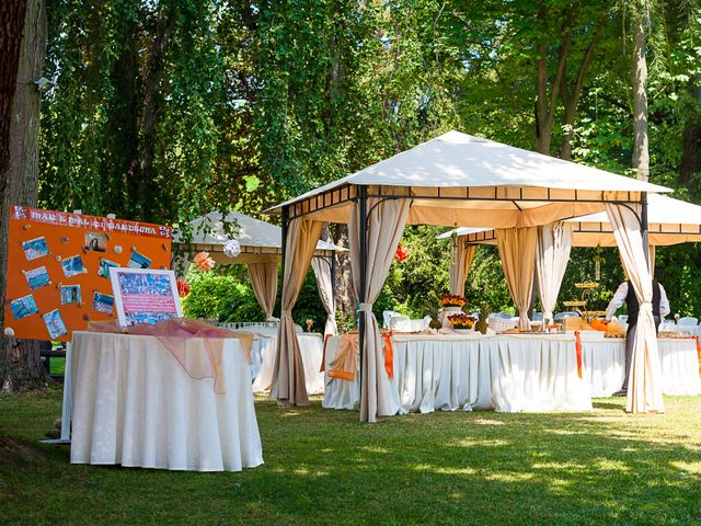 Il matrimonio di Andrea e Valentina a Viverone, Biella 8