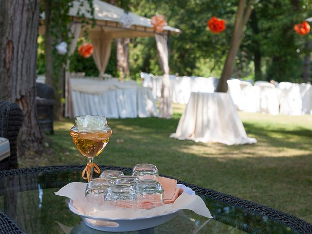 Il matrimonio di Andrea e Valentina a Viverone, Biella 11