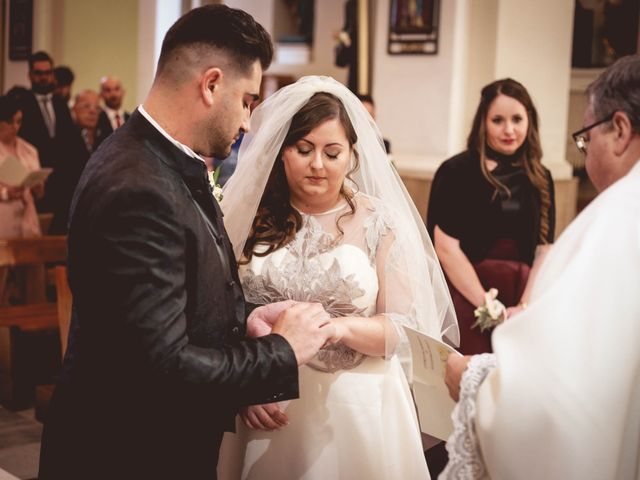 Il matrimonio di Alessandro e Veronica a San Michele Salentino, Brindisi 28