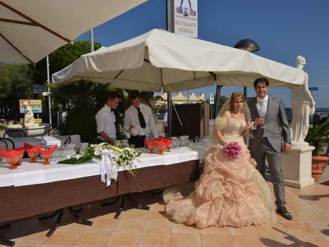 Il matrimonio di Andrea e Serena a Comacchio, Ferrara 30